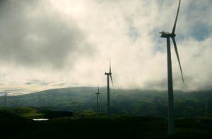 Samorządowcy stają w obronie zielonej energii
