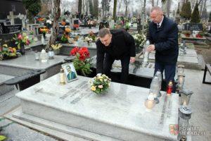 Ludowcy pamiętają o Dariuszu Olejniku
