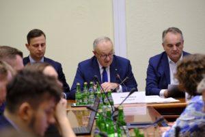 Ponad podziałami o OZE. Ludowcy proponują Pakt dla Zielonej Energii