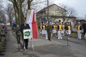 pomnik witos 20124
